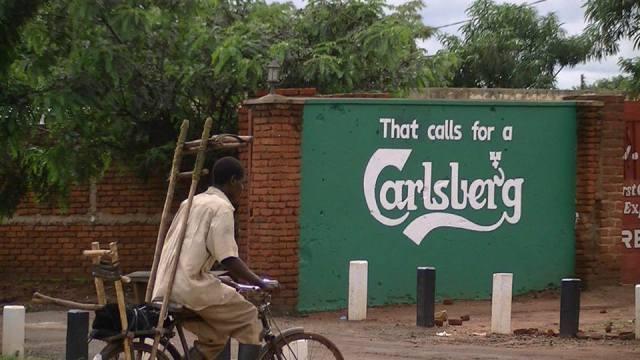 Malawi_Street_Globalization